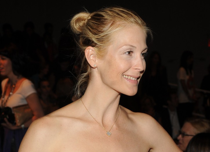 Kelly Rutherford in Tuleh.