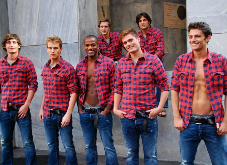 Abercrombie & Fitch models.
