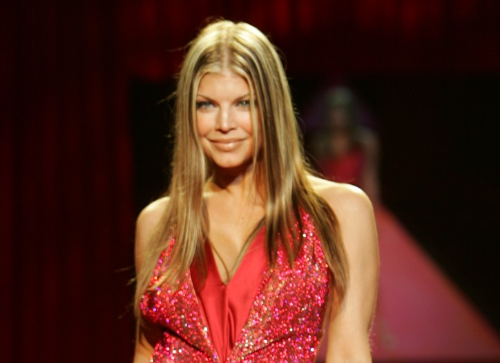 Fergie walking the runway at the fall 2006 Heart Truth Red Dress event.