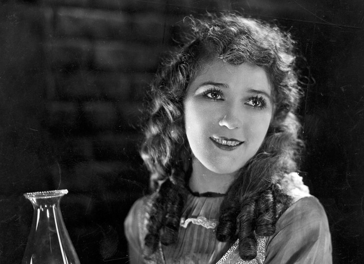 Mary Pickford in the 1920 film 'Pollyanna'.