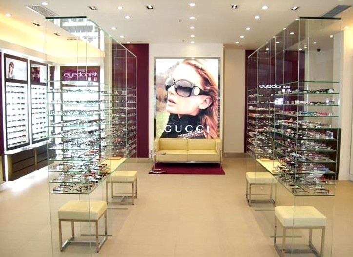 Eyedonist is Safilo's chain in the Far East.