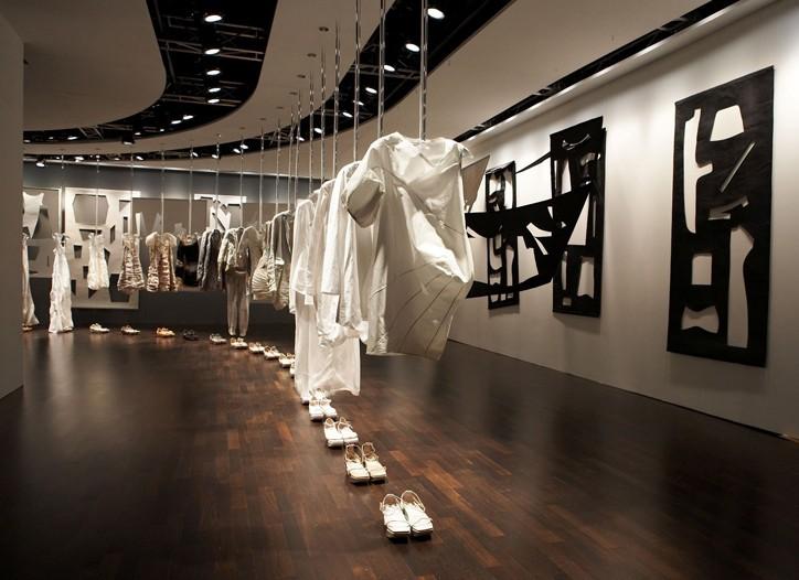 Women's Calvin Klein Collection installation.