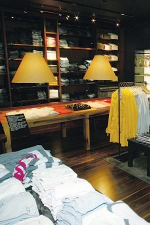 Abercrombie & Fitch Interior