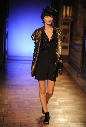 Anne Valérie Hash Spring Couture 2010