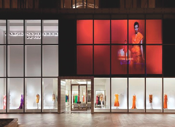 Carolina Herrara's new Las Vegas store gives pedestrians a glimpse of her show.