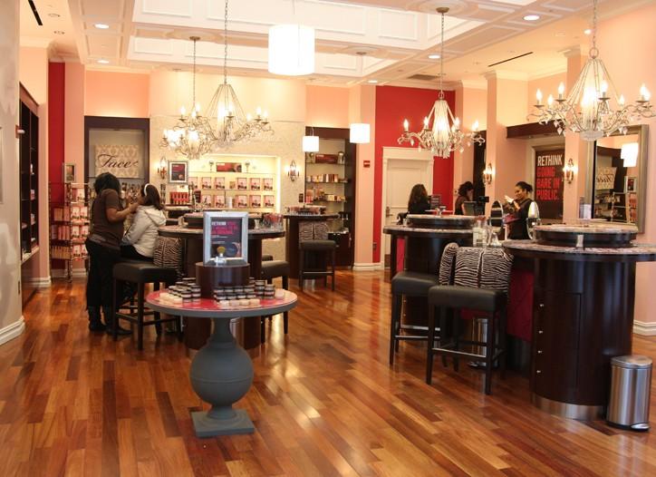 Insider Bare Escentuals' Times Square boutique.