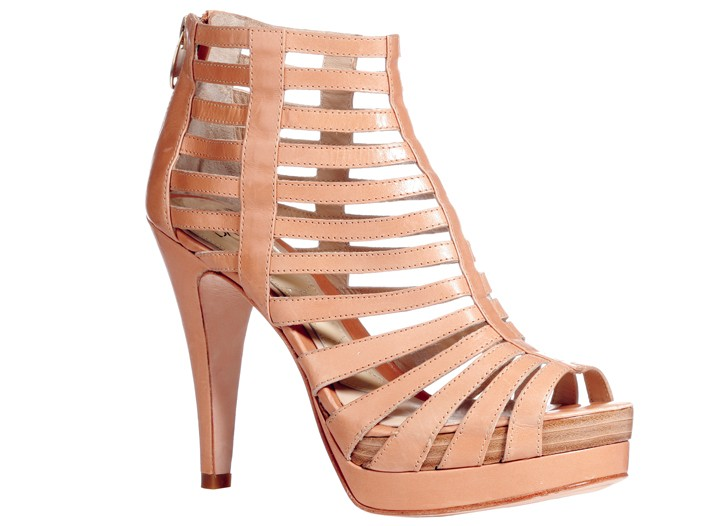 Joan & David leather shoe.