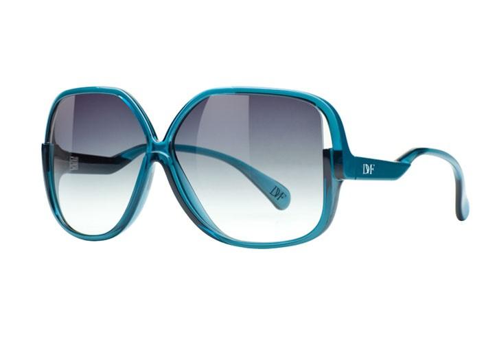 Oversize frames by Diane Von Furstenberg.