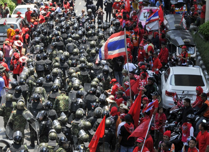 Antigovernment protesters have closed malls and tied up streets in Bangkok.