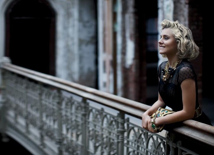 Dolce & Gabbana resin necklace; Alexander McQueen leather clutch; Mawi gold-plated metal, Crystallized-Swarovski Elements and jade bracelet; Gianfranco Ferré metal and leather belt. Oscar de la Renta silk dress