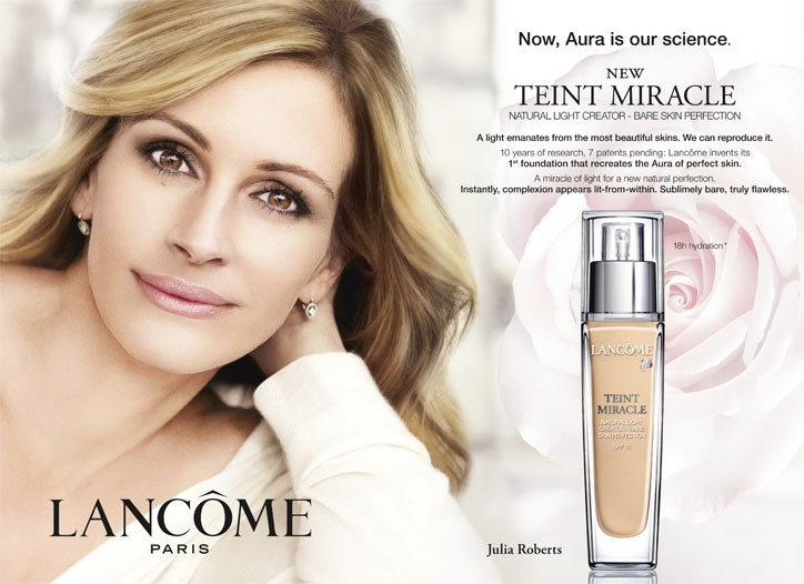 A visual featuring Julia Roberts for Teint Miracle.