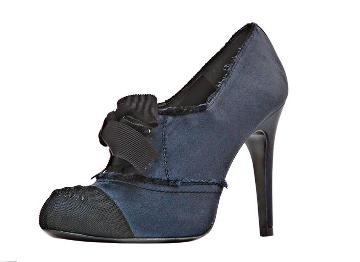 Pedro Garcia silk satin, grosgrain, Crystallized-Swarovski Elements and tulle Emelyn shoe