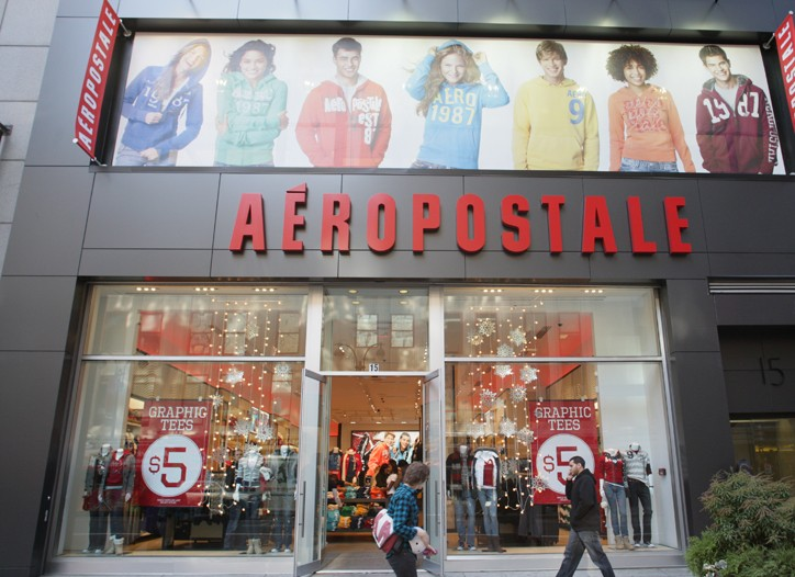 The exterior of Aéropostale on West 34th Street.