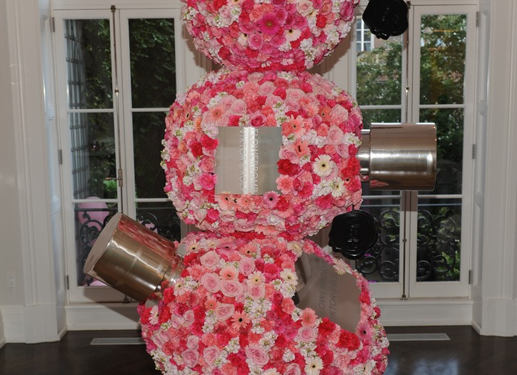 Atmosphere at the 5th anniversary celebration of Viktor & Rolf's Flowerbomb.