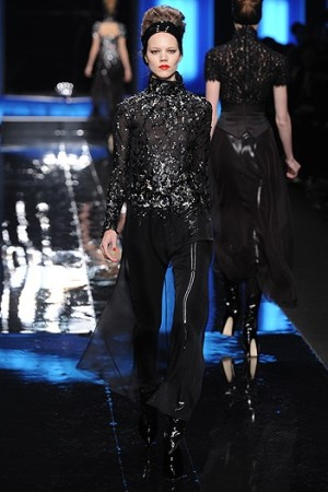 Karl Lagerfeld RTW Fall 2010