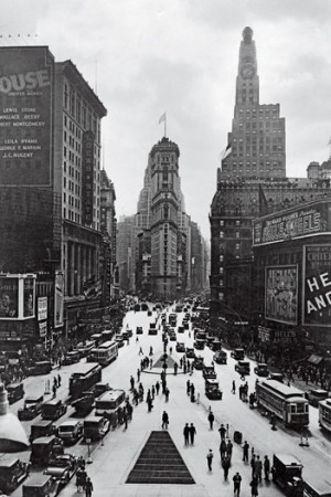 Seventh Avenue (on left), circa 1930.