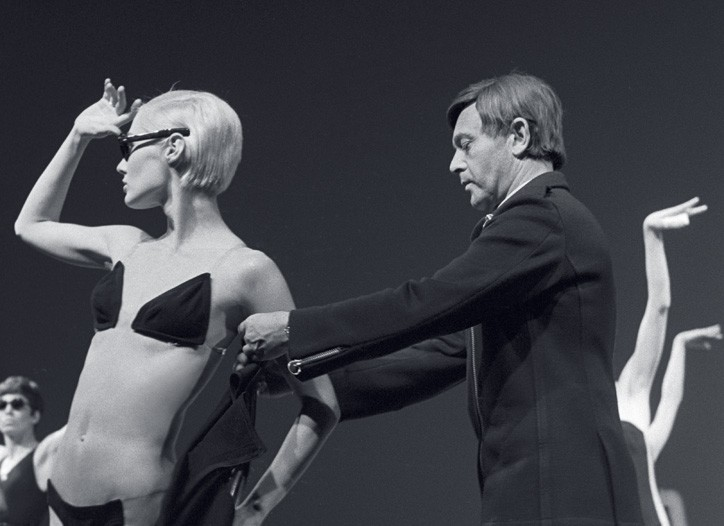 Rudi Gernreich works on one of his many versions of the bikini in 1968.