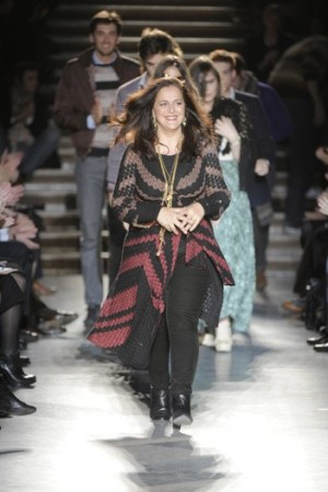 Angela Missoni with her family behind her on the runway, fall 2010.