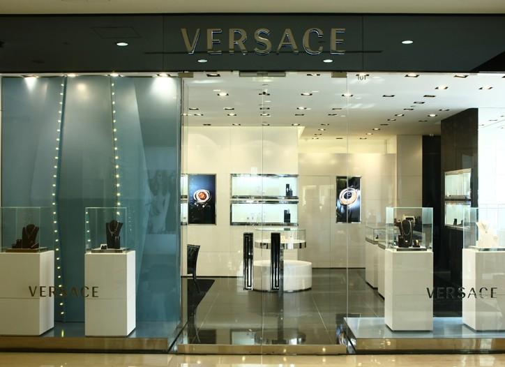 The new Versace Jewelry store in Beijing