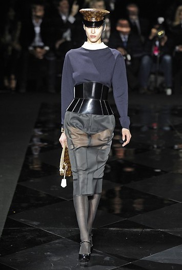 Louis Vuitton RTW Fall 2011