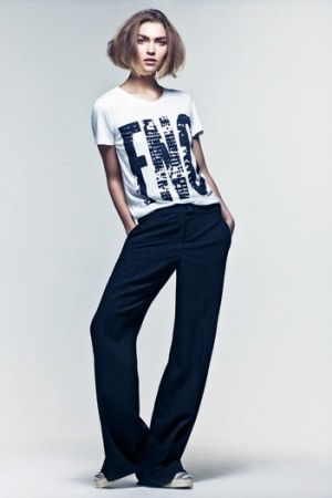 Model Arizona Muse in the Fashion's Night Out T-Shirt.