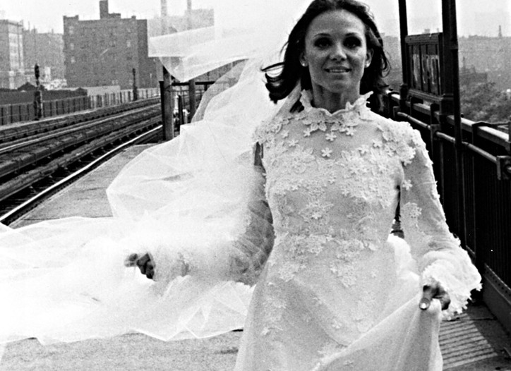 """On the famous """"Rhoda"""" episode, the spunky, flamboyantly fashioned character, played by Valerie Harper, had to resort to the New York subway to get to her nuptials on time."""