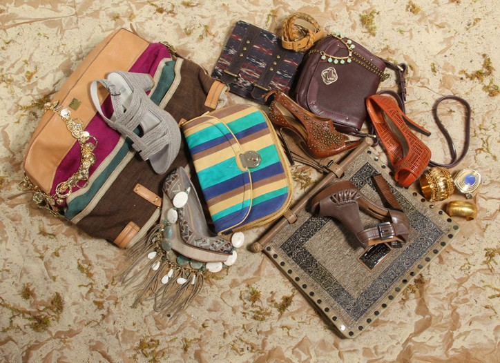The windswept dunes of the Arabian deserts have influenced some of the best accessories for resort with earthy colors, rich embroideries and dramatic shapes.