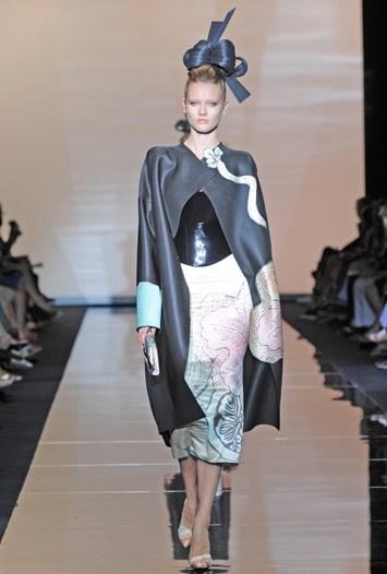 Giorgio Armani Privé Fall Couture 2011