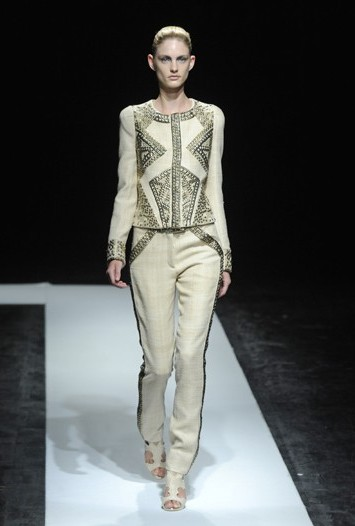 Maxime Simoens Fall Couture 2011