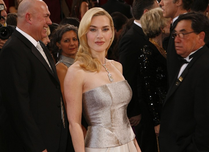 Kate Winslet in Yves Saint Laurent and Tiffany.