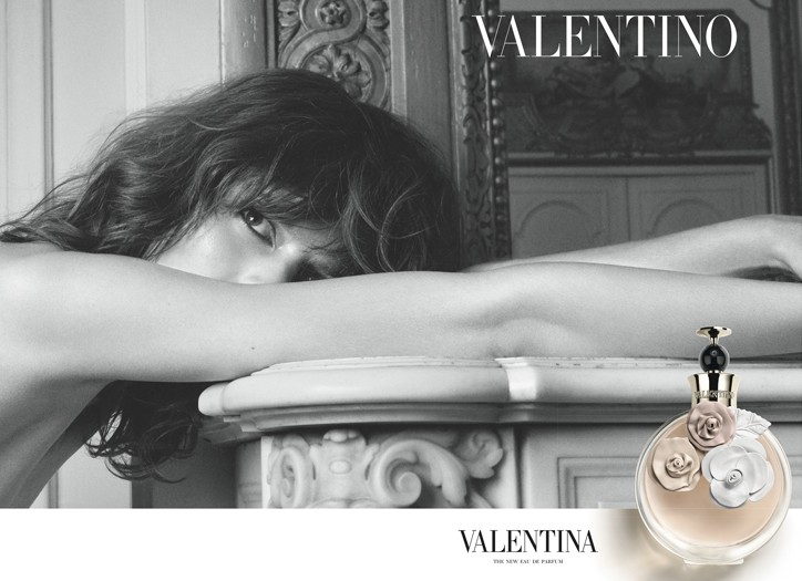 An ad for Valentino's fragrance Valentina.