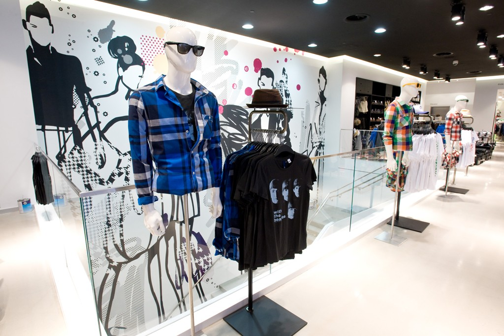 H&M plans to open at least 25 new stores in the U.S. this year.
