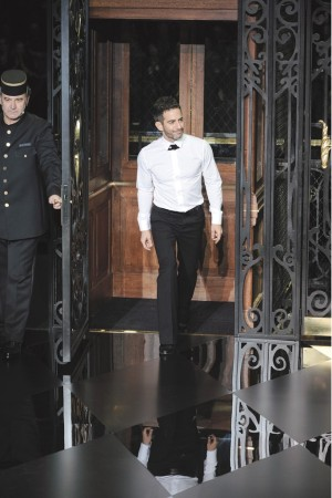 Marc Jacobs taking his bow at his most recent Louis Vuitton women's show.