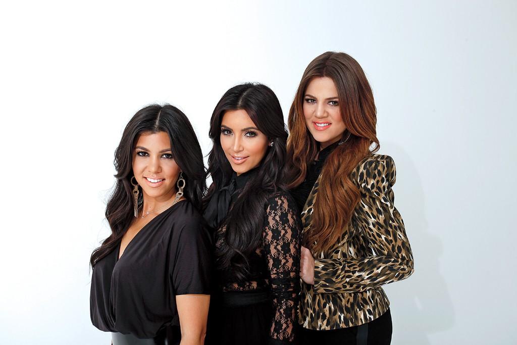 Kourtney, Kim, Khloé Kardashian.