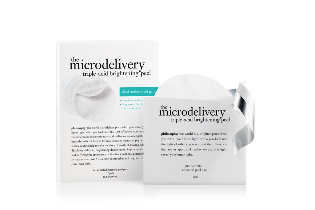 The microdelivery triple-acid brightening peel pads.