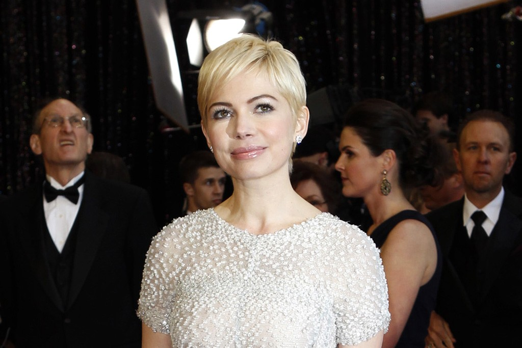 Michelle Williams in Chanel Couture.