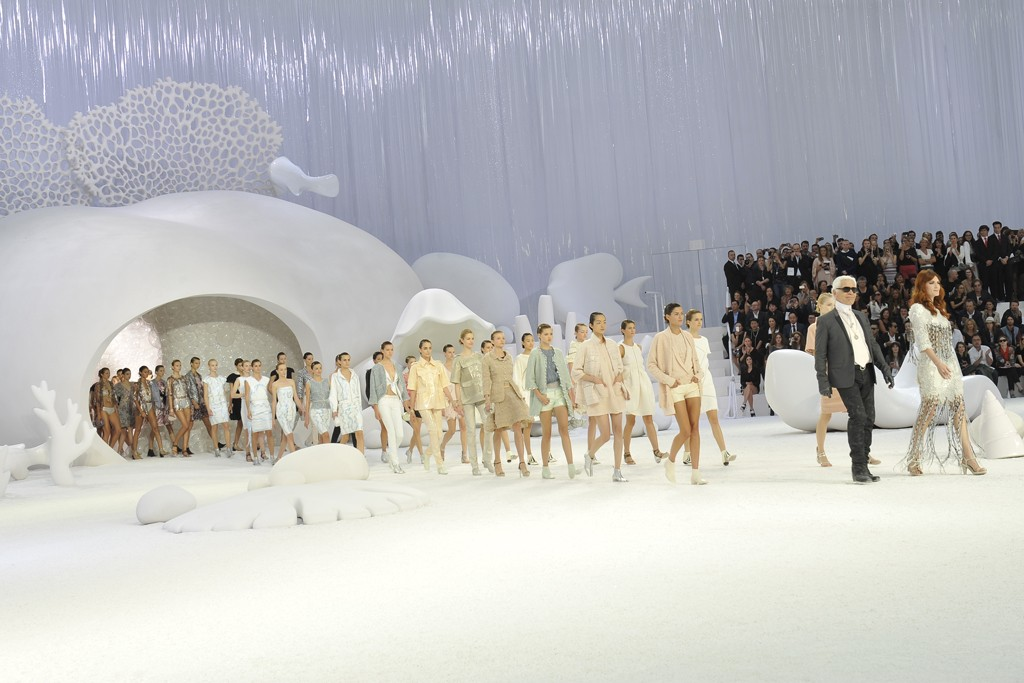 "Karl Lagerfeld taking a bow on Chanel's ""Under-the-Sea"" theme spring show."