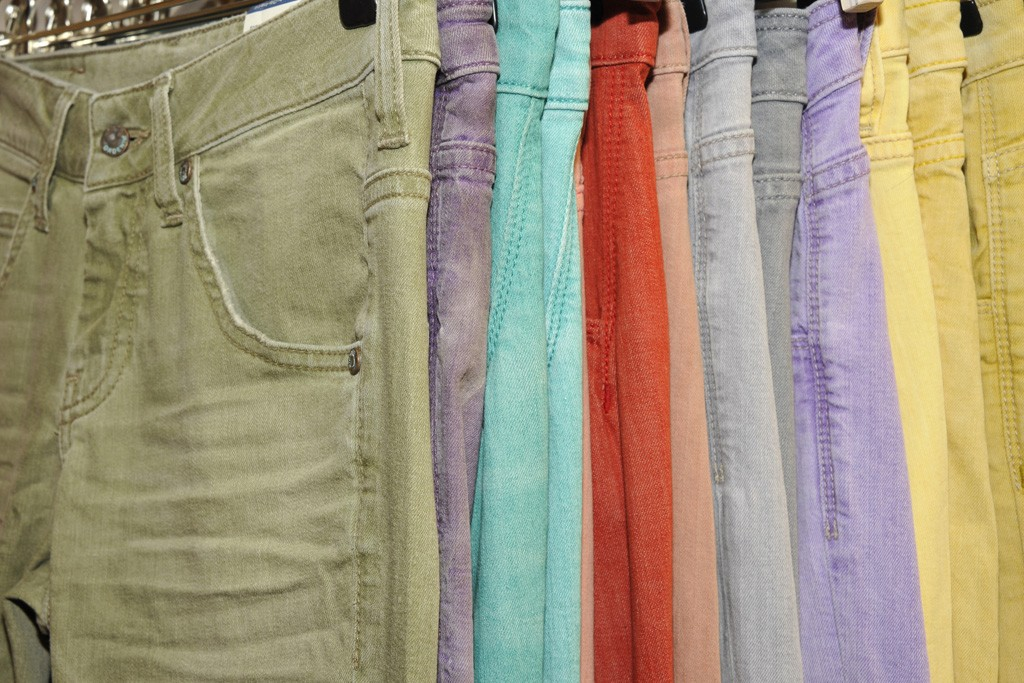 Orta Anadol's range of yarn dyed denim in washed out smoothie and milkshake shades.