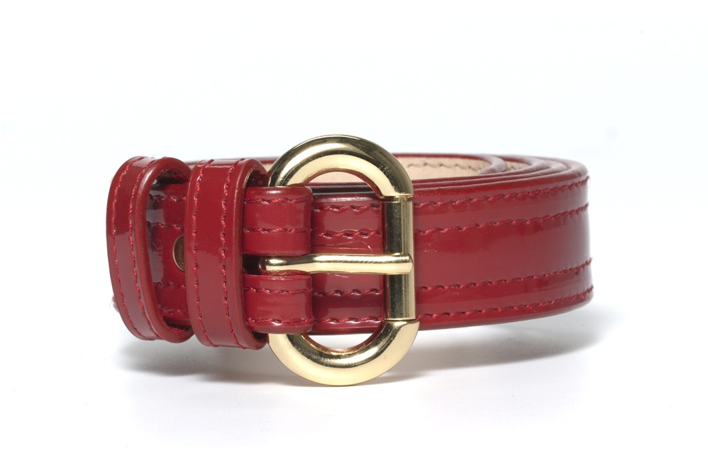 A red belt.