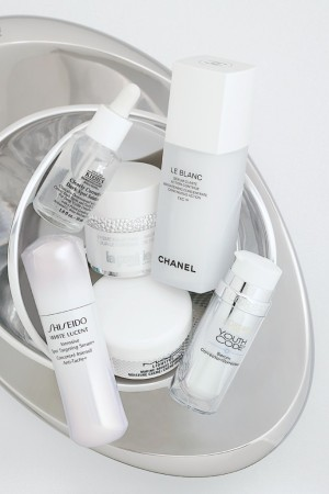 Chanel L&#8217Ore&#769al MAC Shiseido Kiehl&#8217s La Prairie Metz  Kindler