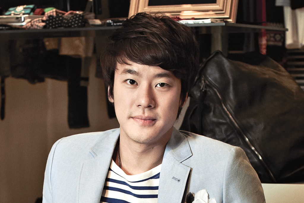 Jay Kim (Joon-Hyung Kim) at trendy boutique Je Ne Sais Quio.