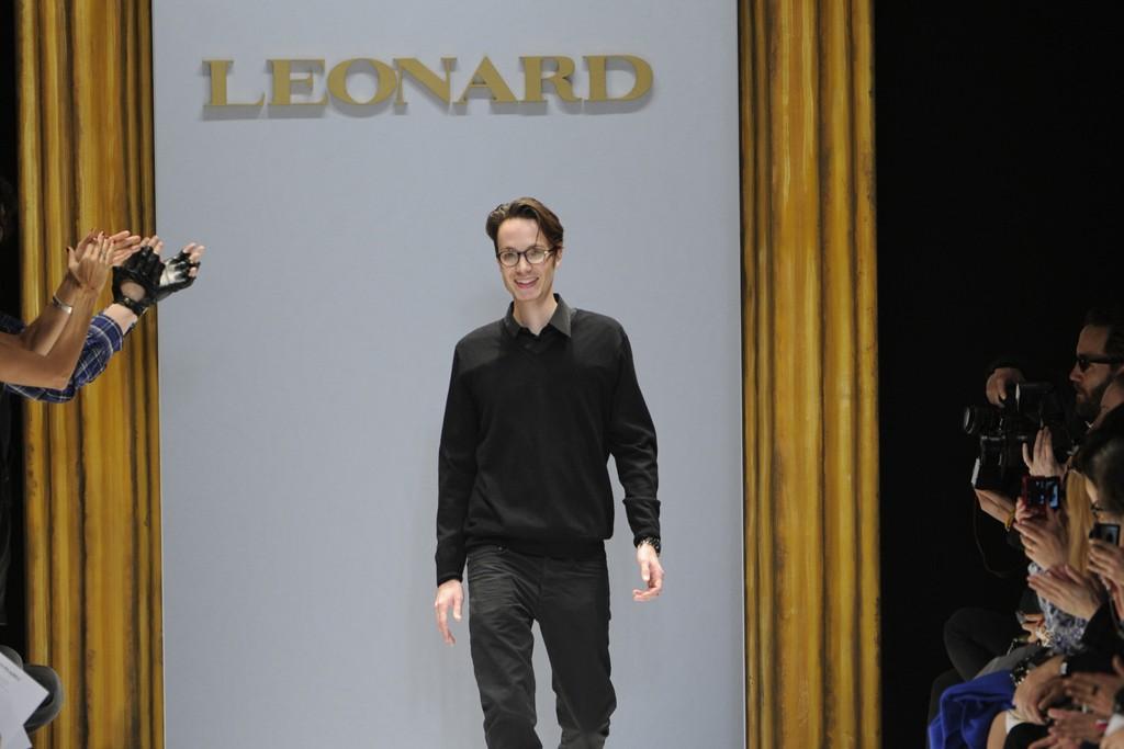 Maxime Simoens takes his bow at Leonard
