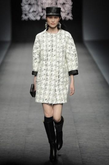 Shiatzy Chen RTW Fall 2012