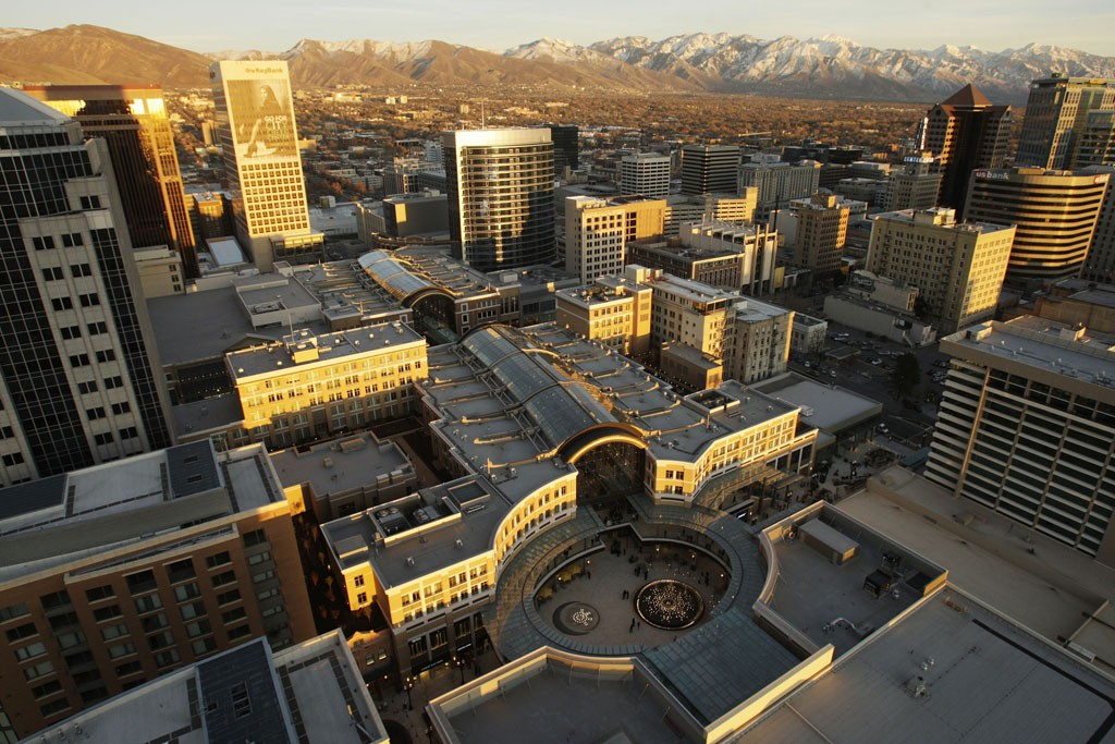 An aerial view of City Creek Center, featuring retractable roofing.