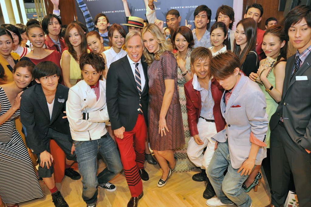 Tommy and Dee Hilfiger with the Tokyo crew