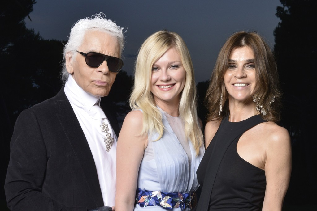 Karl Lagerfeld, Kirsten Dunst in Louis Vuitton and Carine Roitfeld  in Givenchy.