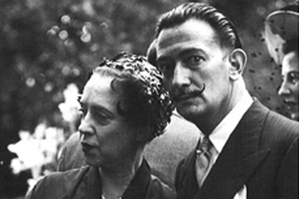 Elsa Schiaparelli and Salvador Dalí.