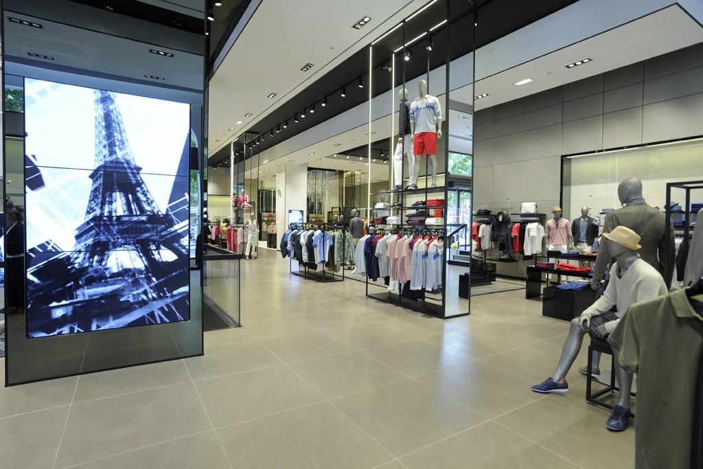 The Boss store on Champs-Elysées