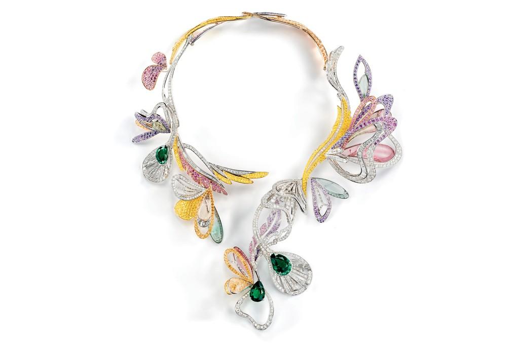 Boucheron's Bouquet d'Ailes (Wing Bouquet) necklace.