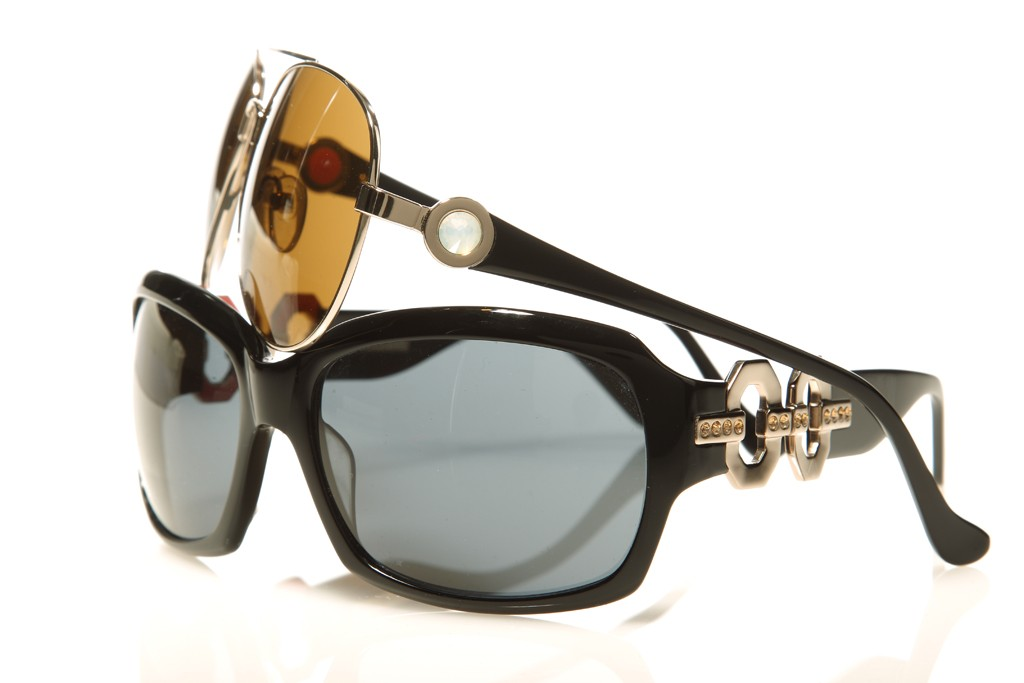 Ivanka Trump sunglasses.